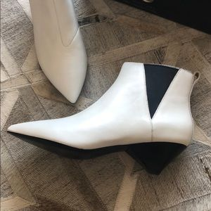 """a19019842 Ash Shoes - ASH """"Cosmos"""" white leather ankle boots."""